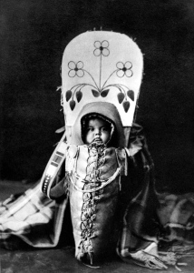 Edward_S__Curtis_Collection_People_007