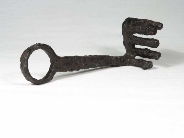 Votive key from Narce, used with permission of Jacopo Tabolli